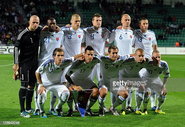Players of the football team of Slovakia pose before their Euro 2012 qualifying match Slovakia vs Armenia in Zilina on September 6 2011 AFP PHOTO/...