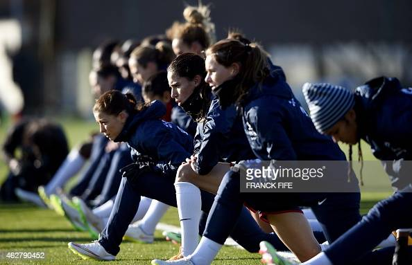 Players of the French women's national football team take ...