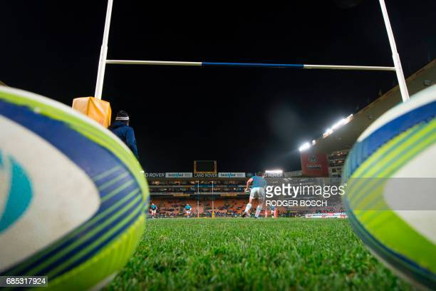 Players of the New Zealand's Blues Super Rugby team warm up before their Super Rugby match against South Africa's Stormers on May 19 2017 at Newlands...