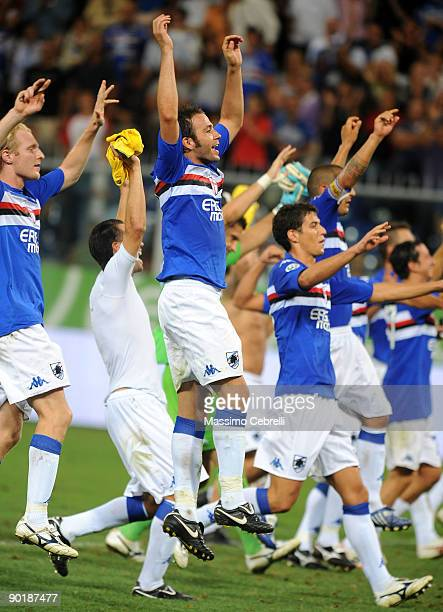 Players of UC Sampdoria celebrate the victory after the Serie A match between UC Sampdoria and Udinese Calcio at the Luigi Ferraris Stadium on August...
