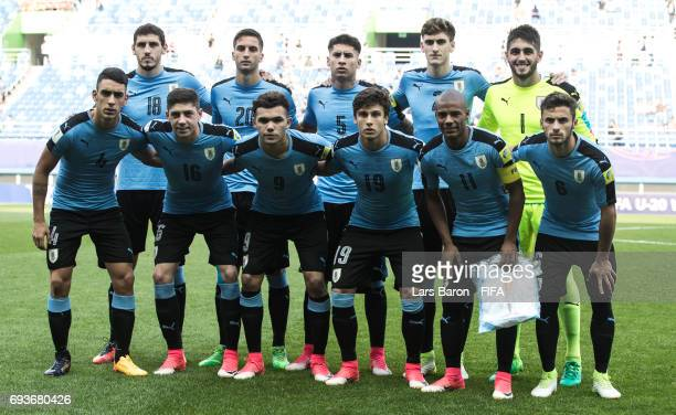 Players of Uruguay pose for a picture during the FIFA U20 World Cup Korea Republic 2017 Semi Final match between Uruguay and Venezuela at Daejeon...