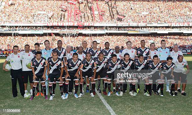 Players of Vasco before a match as part of Rio de Janeiro State Championship 2011 at Engenhao stadium on May 01 2011 in Rio de Janeiro Brazil