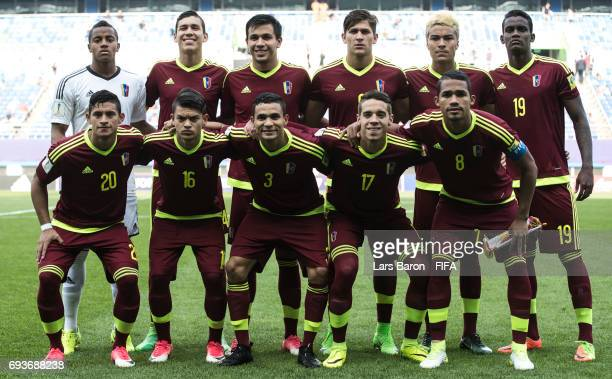Players of Venezuela pose for a picture during the FIFA U20 World Cup Korea Republic 2017 Semi Final match between Uruguay and Venezuela at Daejeon...