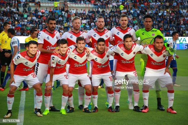 Players of Veracruz pose for a photo prior the sixth round match between Pachuca and Veracruz as part of the Torneo Apertura 2017 Liga MX at Hidalgo...