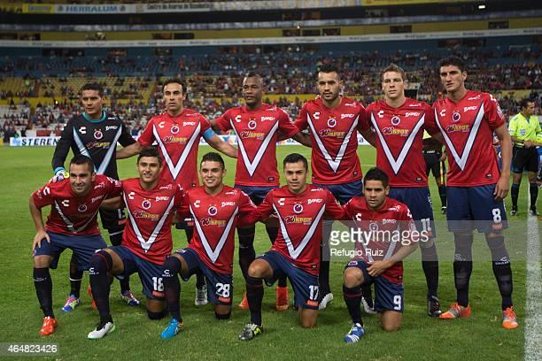 Players of Veracruz pose for photos prior a match between Atlas and Veracruz as part of 8th round Clausura 2015 Liga MX at Jalisco Stadium on...
