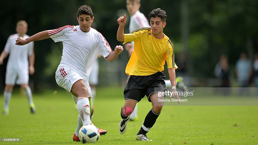 Players of Westfalen and Hessen battle for the ball during the U15 selection tournament at Sport School Wedau on June 28, 2016 in Duisburg, Germany.