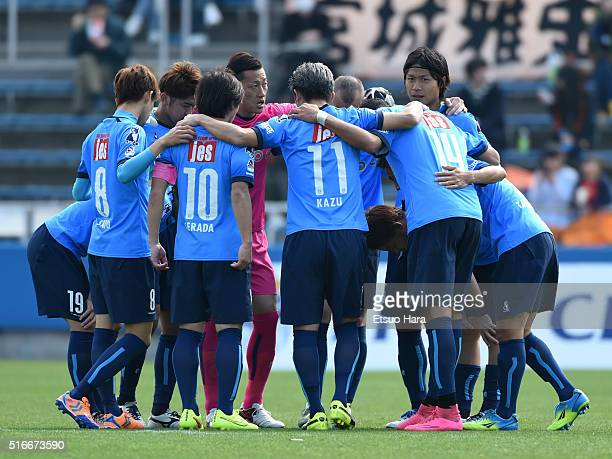 Players of Yokohama FC form a huddle during the JLeague second division match between Yokohama FC and Renofa Yamaguchi at the Nippatsu Mitsuzawa...