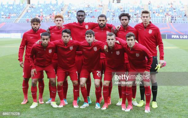 USA players pose for a team photo prior to the FIFA U20 World Cup Korea Republic 2017 group F match between USA and Saudi Arabia at Daejeon World Cup...