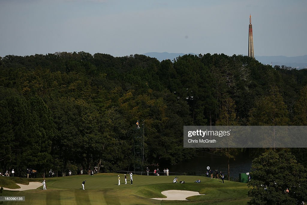 Players putt on the 16th green during day three of the Panasonic Japan Open at Ibaraki Golf Club on September 28, 2013 in Ibaraki, Japan.