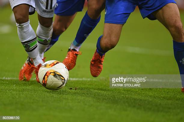 Players vie for the ball during the German first division Bundesliga football match Borussia Moenchengladbach vs SV Darmstadt in Moenchengladbach...