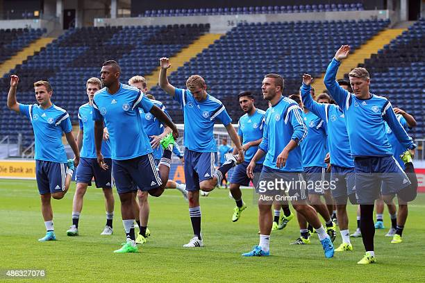 Players warm up during a Germany training session at CommerzbankArena on September 3 2015 in Frankfurt am Main Germany