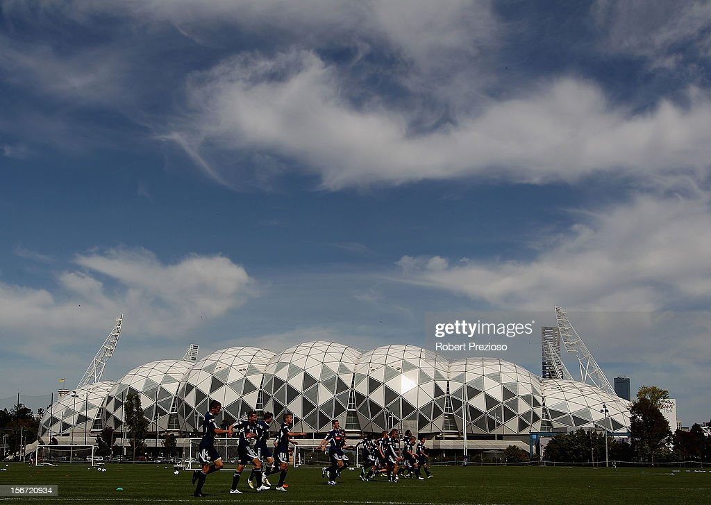 Players warm up during a Melbourne Victory A-League training session at Gosch's Paddock on November 20, 2012 in Melbourne, Australia.