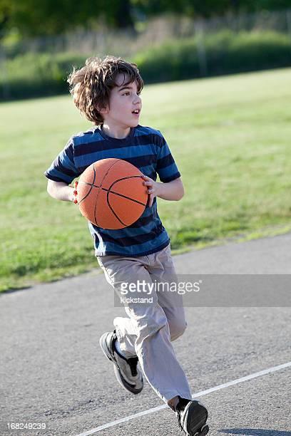 Terrain de basket-ball