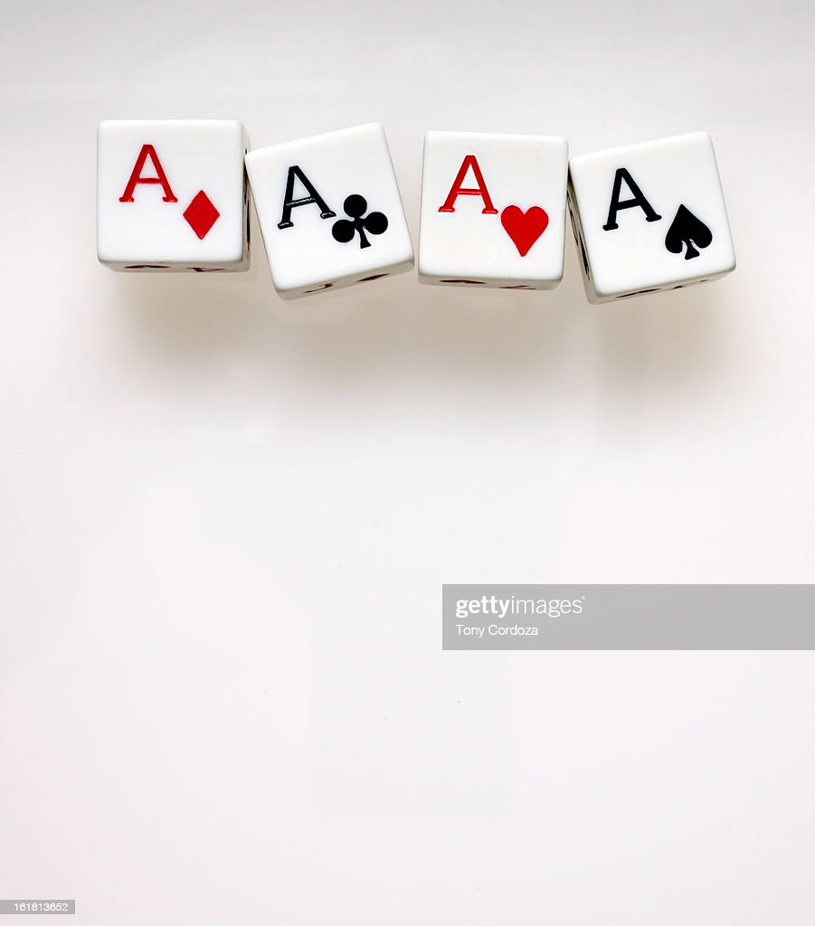 Playing card dice