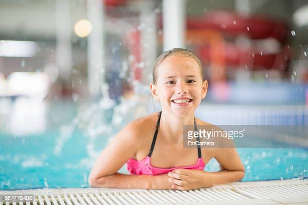 Spielen im Pool