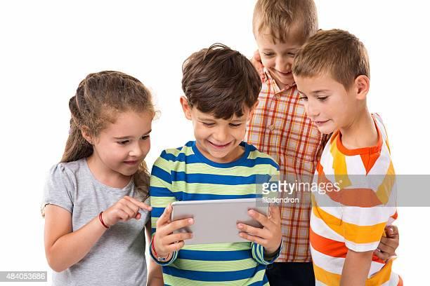 Jouant sur la tablette