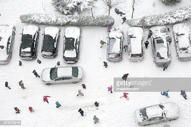 Spielen Schneeball