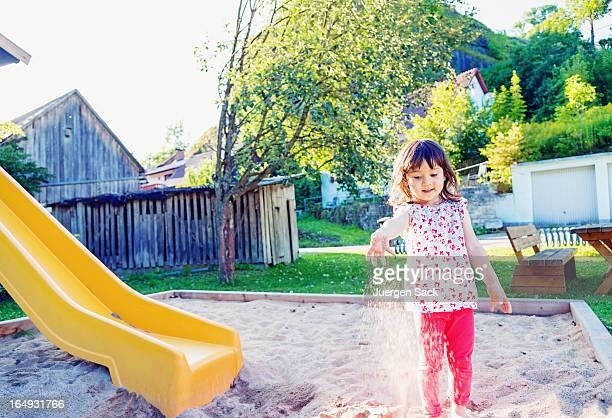 Spielen mit sand