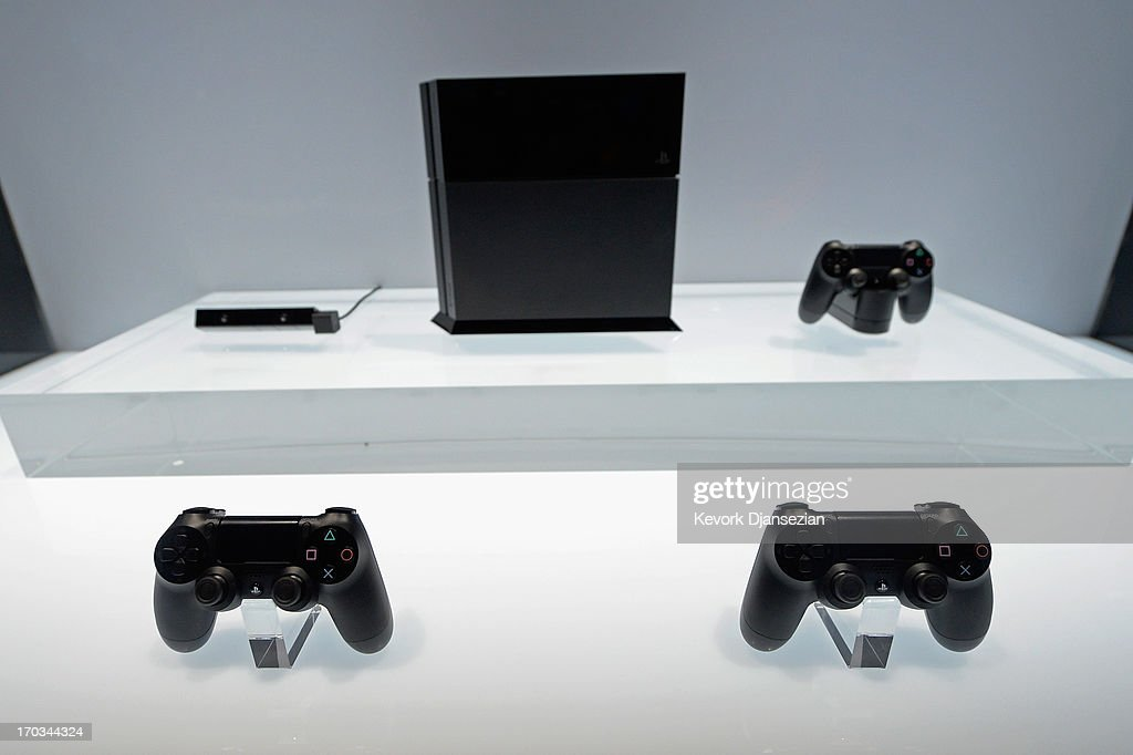 A Playstation 4 and controller on display at the Sony Playstation E3 2013 booth at the Los Angeles Convention Center on June 11, 2013 in Los Angeles, California. Thousands are expected to attend the annual three-day convention to see the latest games and announcements from the gaming industry.