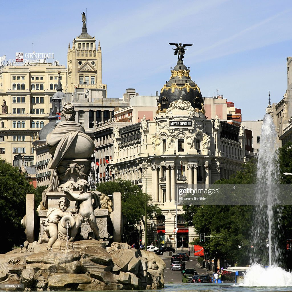 Plaza de Cibeles and Metropolis Building, Madrid : Foto de stock
