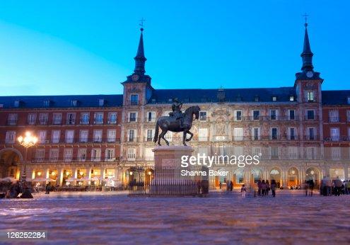 Plaza Mayor, Madrid, at twilight