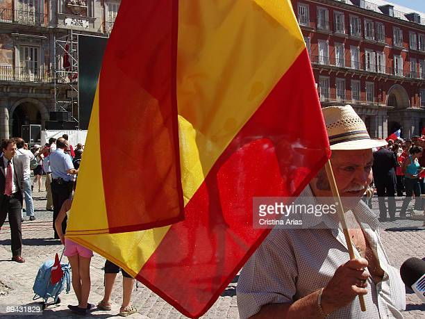 Plaza Mayor Madrid Hundreds of people had packed the Plaza Mayor in Madrid from early morning to follow the International Olympic Committee vote in...
