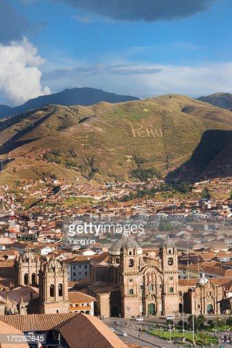 Plaza-de-Amas, Cuzco, Peru Vt