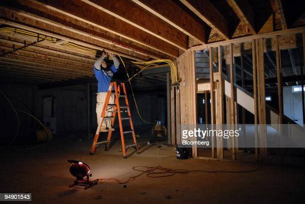 home gas lines plumber carlos garcia installs gas lines in a home under con