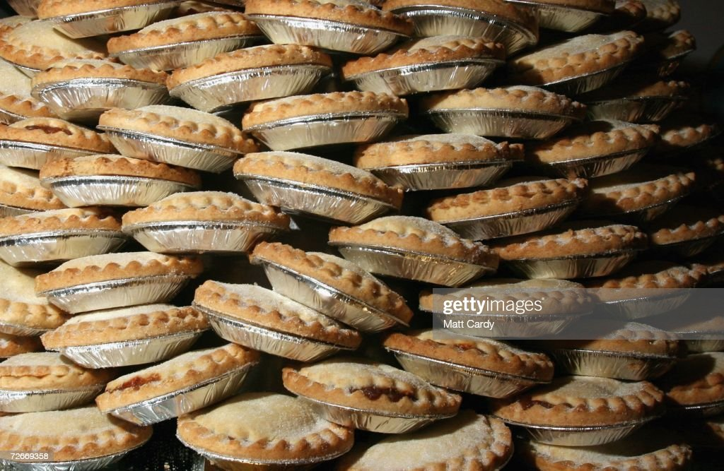 PMince pies wait to be eaten before the Wookey Hole Big Eat Mince Pie Eating Contest, at the Wookey Hole Show Caves on November 29, 2006 in Wookey Hole, near Wells, England. Twelve handpicked competitors, professionals and members of the public alike, will attempt to eat as many mince pies as possible in the space of 10 minutes.