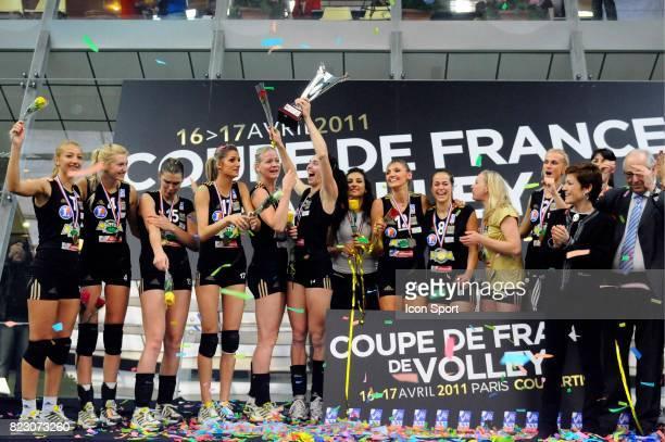 Podium Equipe Cannes Cannes / Le Cannet Finale Coupe de France Volley ball Paris