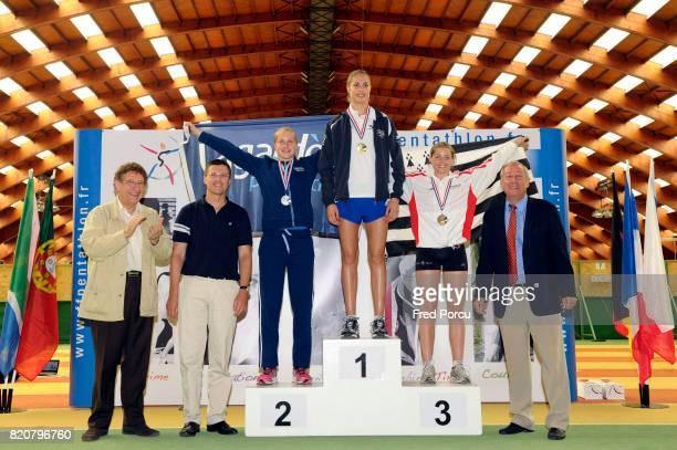 Podium Senior Femme Elfie ARNAUD / Elodie CLOUVEL / Anais EUDES Championnats de France de pentathlon Moderne Garde Republicaine INSEP
