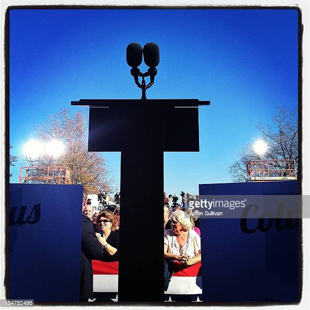 A podium stands empty before a campagn speech by Republican presidential candidate former Massachusetts Gov Mitt Romney October 25 2012 in...