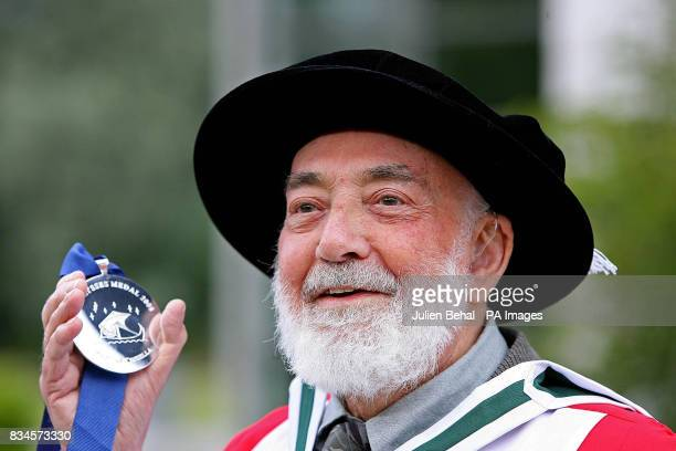 Poet Thomas Kinsella is honoured at with the UCD Ulysses Medal at a ceremony in O'Reilly Hall UCD Dublin
