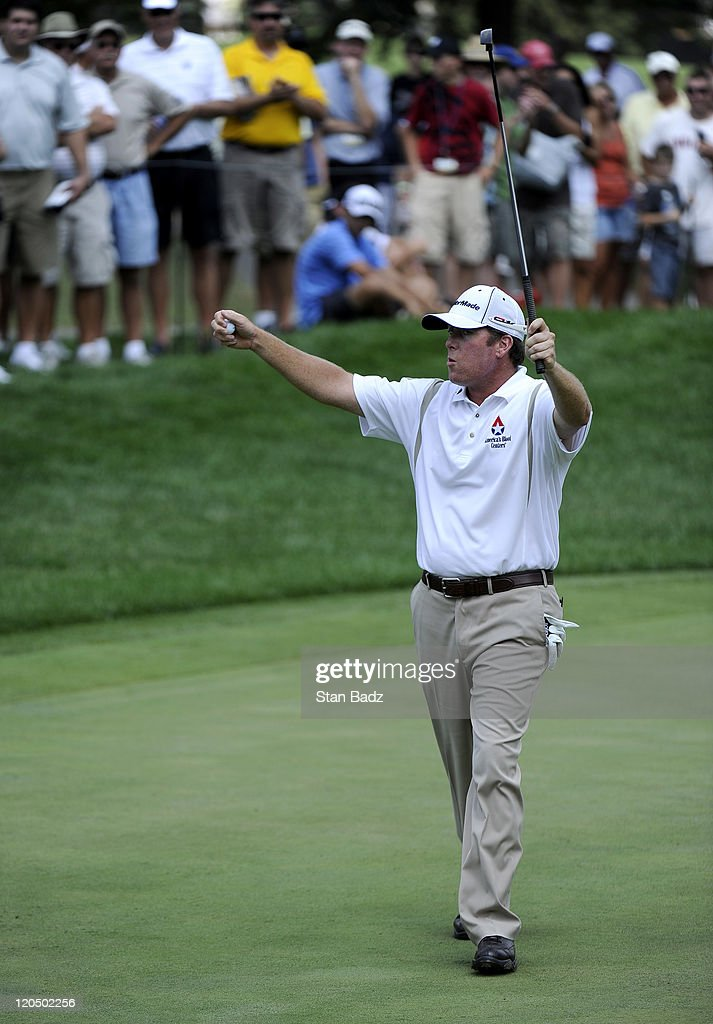 <a gi-track='captionPersonalityLinkClicked' href=/galleries/search?phrase=D.A.+Points&family=editorial&specificpeople=2130541 ng-click='$event.stopPropagation()'>D.A. Points</a> reacts to his putt on the 17th green during the third round of the World Golf Championships-Bridgestone Invitational at Firestone Country Club on August 6, 2011 in Akron, Ohio.
