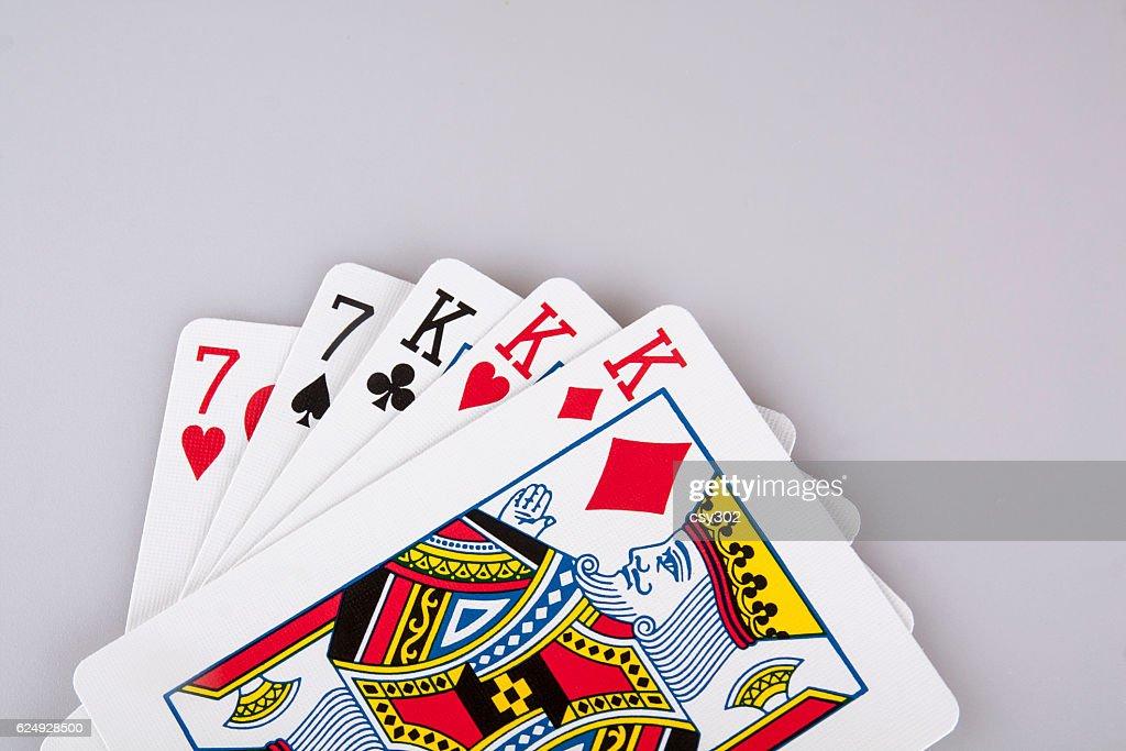Poker king card house elvis slots on facebook