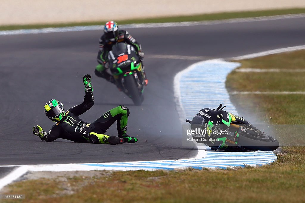<a gi-track='captionPersonalityLinkClicked' href=/galleries/search?phrase=Pol+Espargaro&family=editorial&specificpeople=3211455 ng-click='$event.stopPropagation()'>Pol Espargaro</a> of Spain riding the #44 Monster Yamaha Tech3 Yamaha crahses out during the 2014 MotoGP of Australia at Phillip Island Grand Prix Circuit on October 19, 2014 in Phillip Island, Australia.