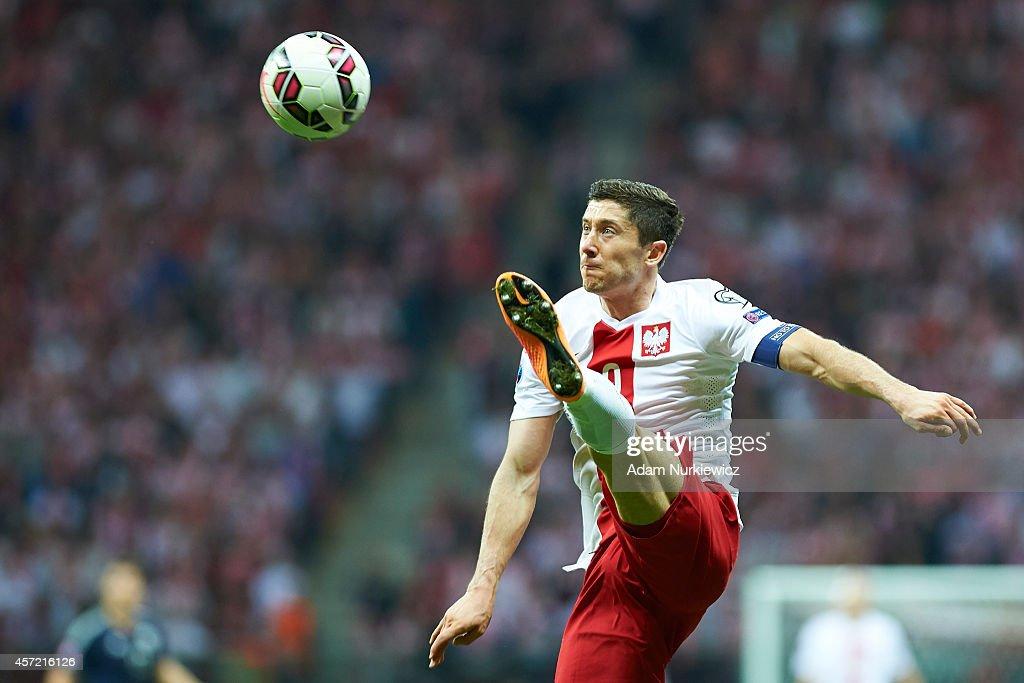 Poland's Robert Lewandowski controls the ball during the UEFA EURO 2016 qualifying match between Poland and Scotland at the National Stadium on...