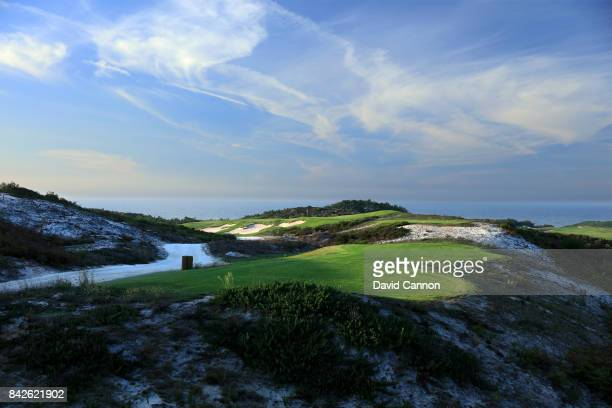 polarising filter used in this image The 173 metres par 3 fifth hole on the West Cliffs Golf Links Course on Portugal's Silver Coast designed by...