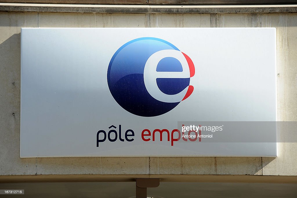 A Pole Emploi logo is seen outside of an employment agency on April 24, 2013 in Vincennes, France. French unemployment keeps rising and the number of unemployed people could reach a new historical record in May 2013.