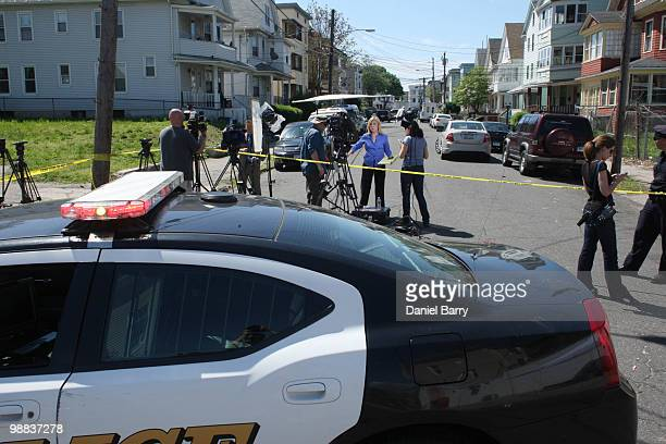 Police block Sheridan Street where FBI continue an evidence search of a house where Faisal Shahzad allegedly lived in connection with the botched...
