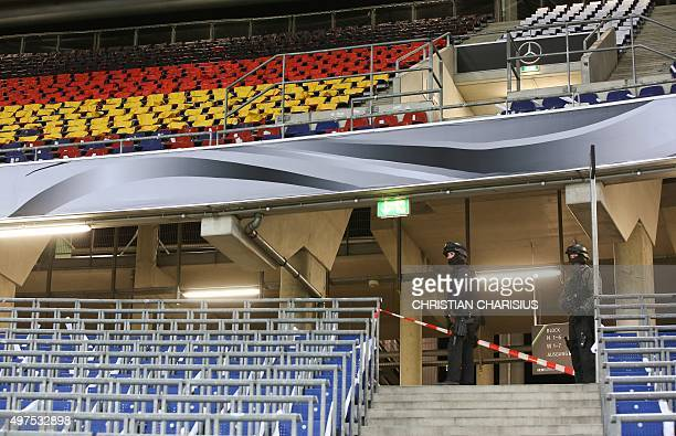 Police checks the stands at the HDI Arena after the friendly football match Germany vs the Netherlands was called off for 'security reasons' in...