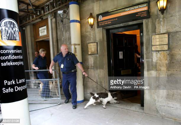 Police dog handlers enter Park Lane Safe Deposit Mayfair in connection with suspected money laundering operations London Police have began searching...
