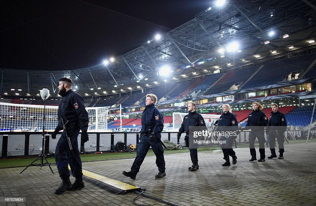 Police forces secure the infield of the HDIArena prior the International Friendly match between Germany and Netherlands at HDI Arena on November 17...