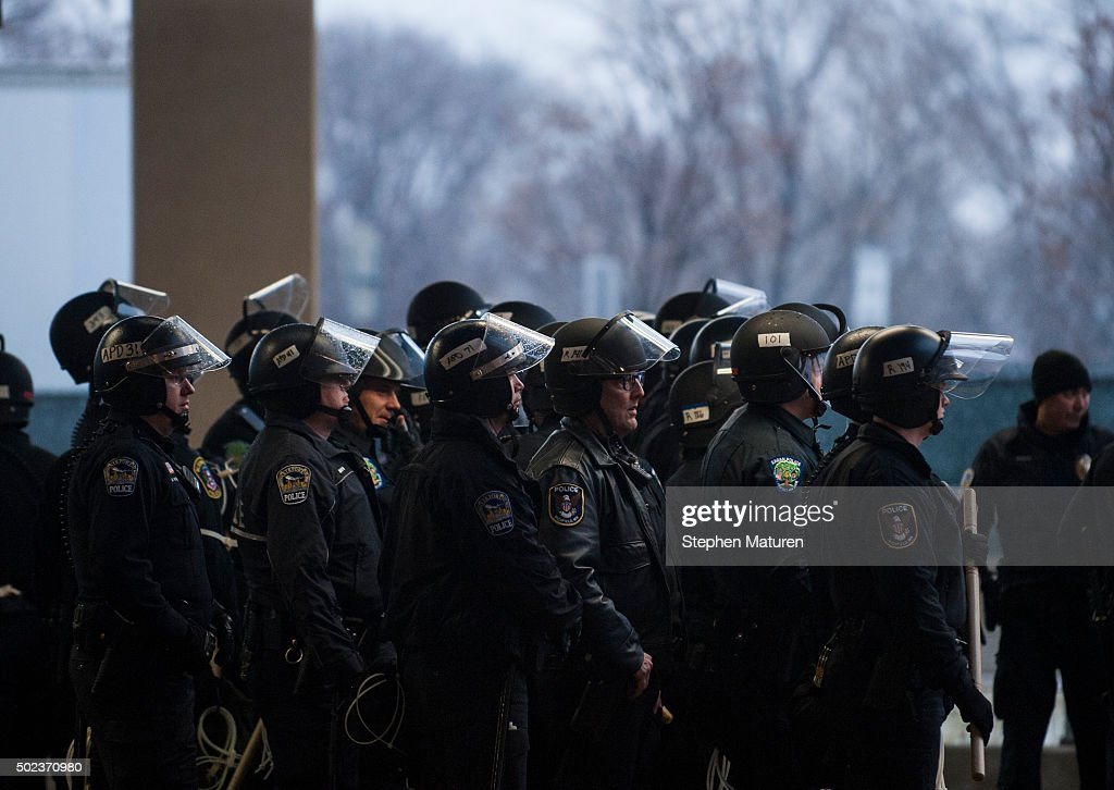 the evolution of the police and the american police system The american police system witnessed decentralized and unstructured beginnings much of this disorganized character is a result of the country's initial reliance on.