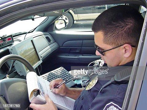 警察官の書き込みチケット 4