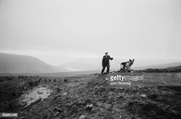 Police search Saddleworth Moor for the bodies of Pauline Reade and Keith Bennett November 1986 Reade and Bennett were two of the victims of Moors...