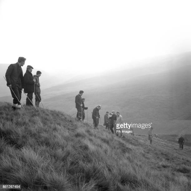 Police search Saddleworth Moor near Woodhead for the bodies of the victims of the Moors Murderers At the weekend the body of a 10yearold girl who had...