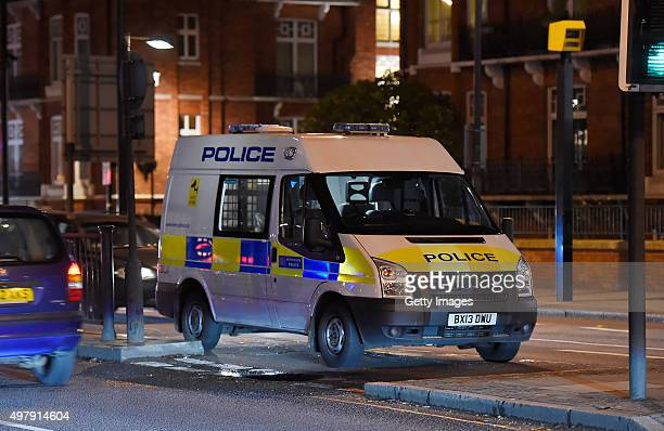 A police van is seen near the scene where an abandoned vehicle caused a bomb scare near the Baker Street Underground station on November 19 2015 in...