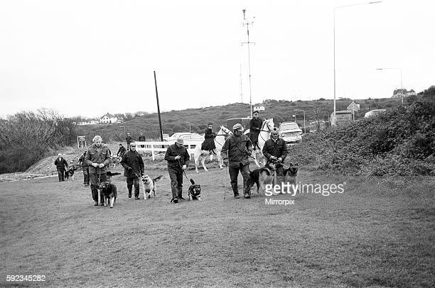 Police with tracker dogs search Peachaven Gold Course for missing Lord Lucan now wanted on a murder charge Richard John Bingham 7th Earl of Lucan...