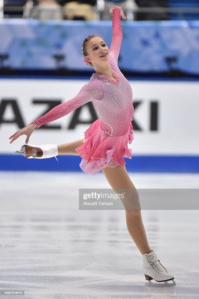 <a gi-track='captionPersonalityLinkClicked' href=/galleries/search?phrase=Polina+Edmunds&family=editorial&specificpeople=11711394 ng-click='$event.stopPropagation()'>Polina Edmunds</a> of the USA competes in the Ladies Free Program during day two of ISU Grand Prix of Figure Skating 2014/2015 NHK Trophy at the Namihaya Dome on November 29, 2014 in Osaka, Japan.